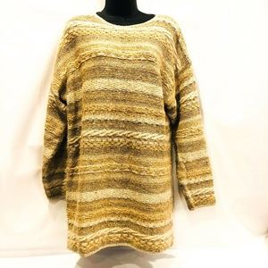 Express Tricot Womens Cardigan Size M sweater Hand